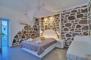 Accommodation - Hotel Adamas